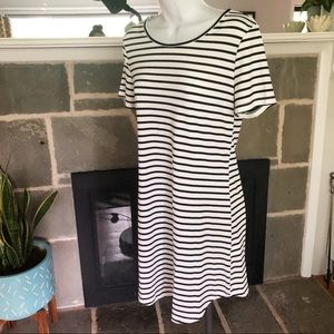 OURS   Striped T-Shirt Shirt Black White - Small